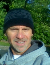 dave 51 y.o. from USA