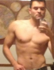 Joey 43 y.o. from USA
