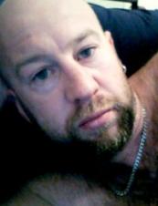 Adrian 43 y.o. from Australia