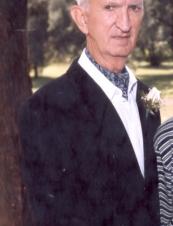 Trevor 87 y.o. from Canada
