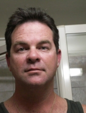 Andrew 49 y.o. from Australia