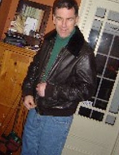 Everett 72 y.o. from USA