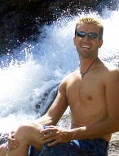 Cristopher 47 y.o. from USA