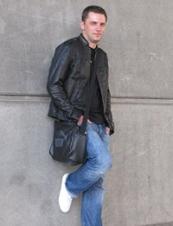 Jacek 40 y.o. from UK