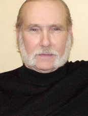 John 78 y.o. from USA