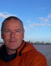Ralph 66 y.o. from UK