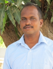 ravi 44 y.o. from USA