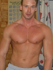 Rob 46 y.o. from Netherlands