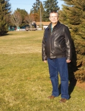 Steve 60 y.o. from USA